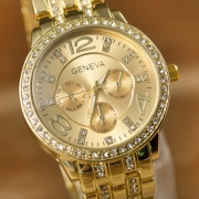Geneva Alloy Watch Band Rhinestone Round Dial Quartz Watches