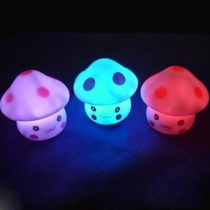 7 Color Romantic Mushroom Christmas LED Night Light Lamp Battery Party Decor