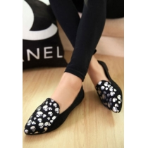 Point Toe Skull Head Print Flat Slip On Loafer