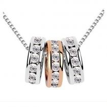 Fashion Rhinestone Three Circles Pendant Necklace
