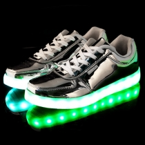 Fashion Flat Heel Lace-up Colorful LED Luminous Couple Sneakers