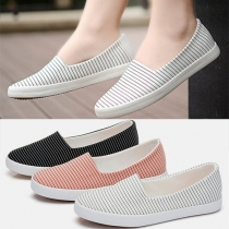 Fashion Round Toe Flat Heel Striped Canvas Shoes