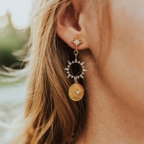 Fashion Rhinestone Inalid Hollow Out Sun Shaped Earrings