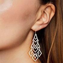 Fashion Hollow out Diamond Shaped Earrings