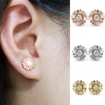 Fashion Rhinestone Inlaid Sunflower Shaped Stud Earrings