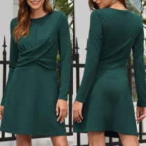 Elegant Solid Color Long Sleeve Round Neck Twisted Dress