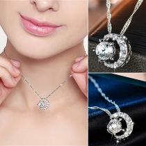 Fashion Rhinestone Inlaid Crescent Pendant Necklace