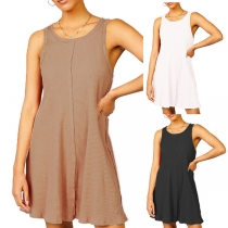 Simple Style Sleeveless Round Neck Solid Color Loose Tank Dress