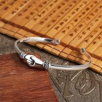 Creative Style Silver-tone Handshake Shaped Bracelet
