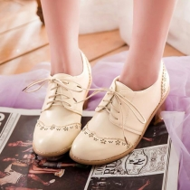 Lace Up Vintage Wing Tip Mid Block Heel Oxford Shoes
