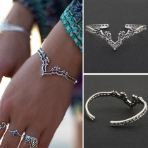 Retro Style Hollow Out Alloy Bracelet