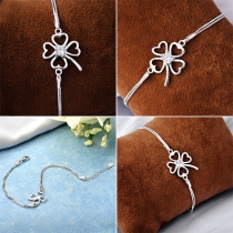 Fashion Rhinestone Inlaid Four Clover Bracelet