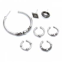 Fashion Rhinestone Inlaid Alloy Stud Earring Set 7pcs/Set