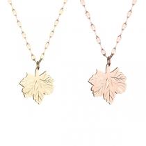 Fashion Maple Leaf Pendant Necklace