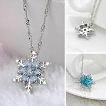 Fashion Rhinestone Inlaid Snowflake Pendant Necklace