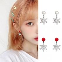 Fashion Rhinestone Inlaid Snowflake Pendant Earrings