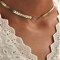 Fashion Heart Pendant Fish Scales Shaped Choker Necklace