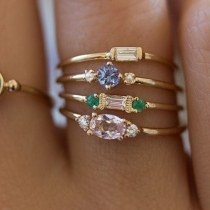 Fashion Rhinestone Inlaid Alloy Ring Set