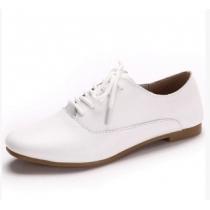 British Style Retro White Flats